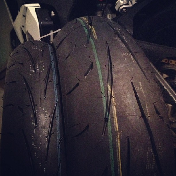 Dunlop Sportmax Q2's just arrived!